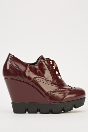 Studded Front Brogue Wedge Shoes