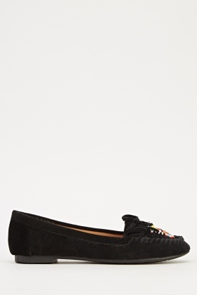 Embroidered Front Loafer Shoe