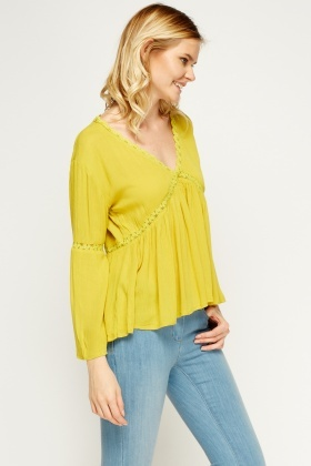 Mesh Insert Flare Sleeve Top