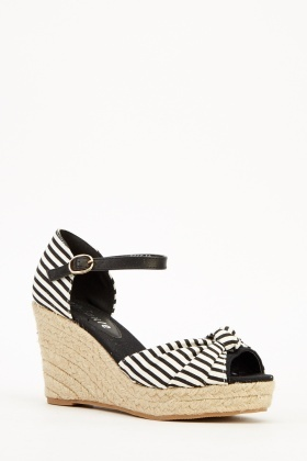 Striped Print Wedged Sandals