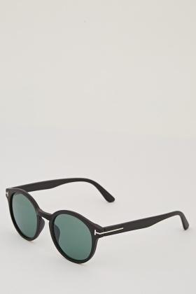 classic wayfarer glasses  Classic Wayfarer Sunglasses - Just 拢5