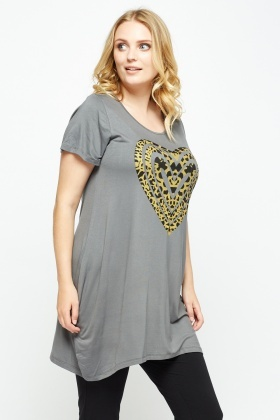 Asymmetric Heart Print Top