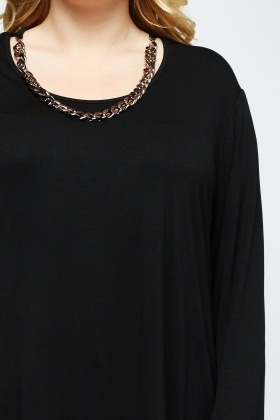 Contrast Chained Neck Top