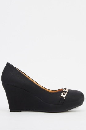 Chained Black Wedge Shoe
