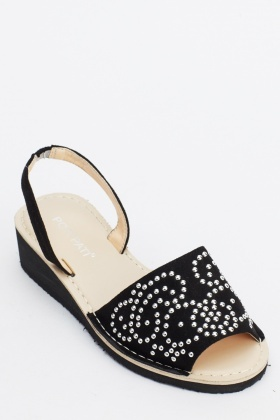 Studded Contrast Sandals