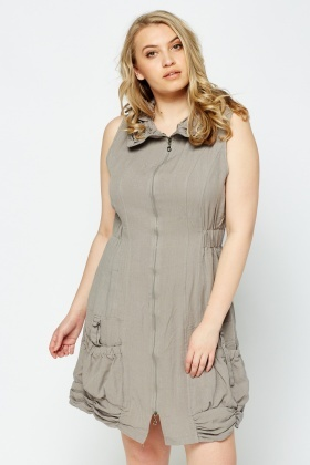 Ruched Neck Zipped Dress
