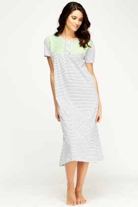 Pocket Front Printed Night Dress