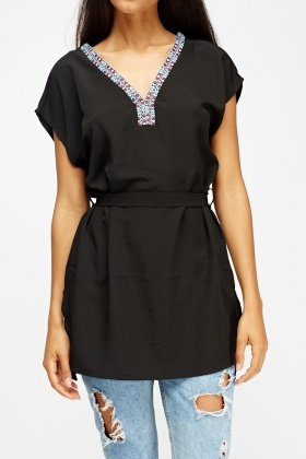 Embroidered Neck Tunic Top
