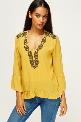 Detailed Stitched Trim Blouse