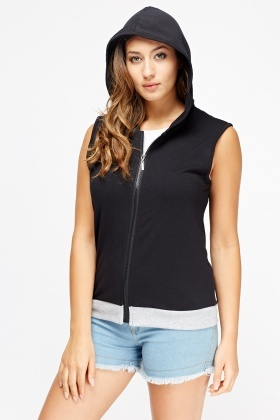 Sleeveless Hooded Jumper