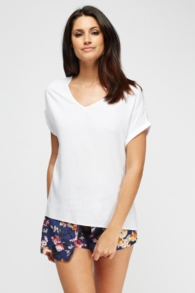 V-Neck Dip Hem Top