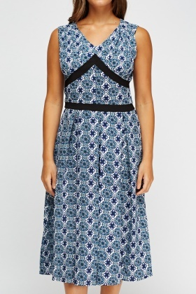Sleeveless Mix Print Dress