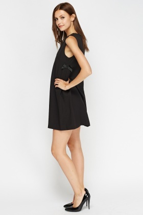 Aikha Bow Side Black Dress