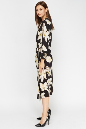Aikha Flower Print Midi Dress