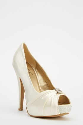 LYDC London Ruched Detailed Front High Heels