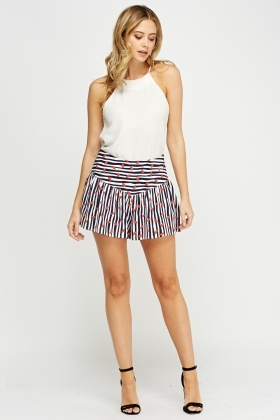 Lip Printed Flared Shorts