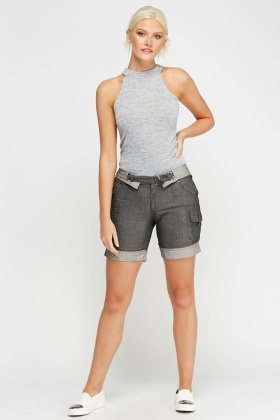 Contrasted Multi Pocket Shorts