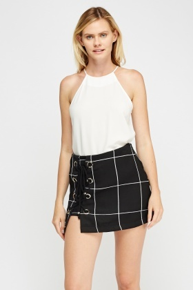 Lace Up Detailed Mini Skirt