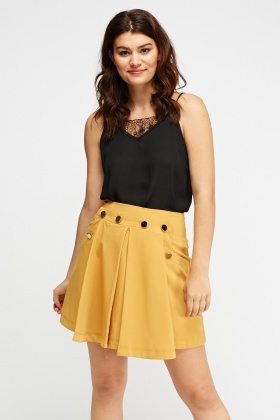 Pleated Button Detailed Skirt