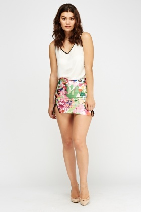 Zip Detail Floral Mini Skirt
