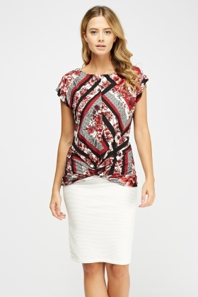 Twist Knot Hem Printed Top