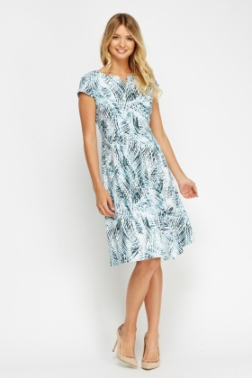 Cap Sleeve Printed Pleat Dress