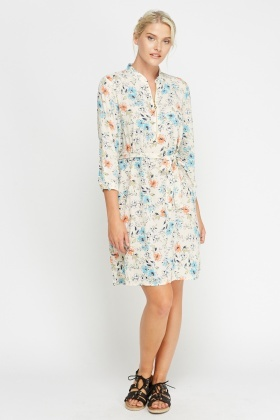 Simple & Chic Printed Tie Up Dress