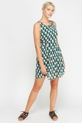 Tenki Green Printed Shift Dress