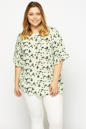 Elephant Printed Flare Sleeve Top
