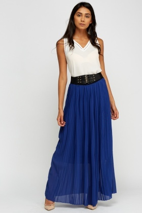 Buckled Pleated Maxi Skirt