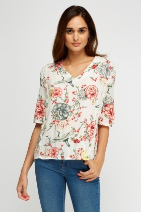 Lace Trim Printed Top