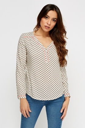 Printed Dip Hem Casual Top