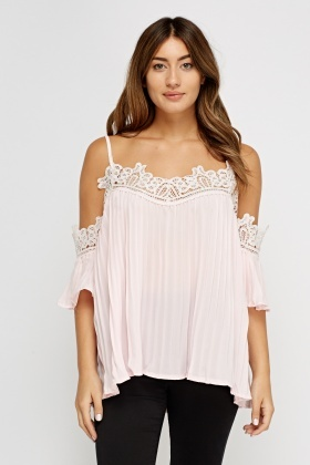 Cold Shoulder Crochet Pleated Top