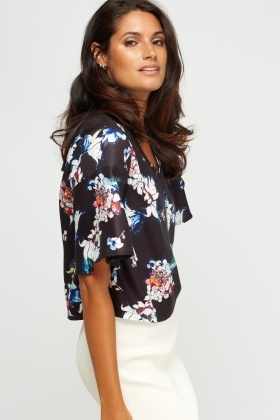 Floral V-Neck Box Top