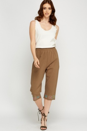 Embroidered Hem Casual Cropped Trousers