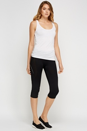 Cropped Black 3/4 Sport Leggings