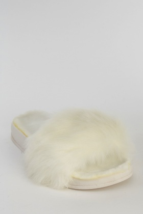 Faux Fur White Sliders