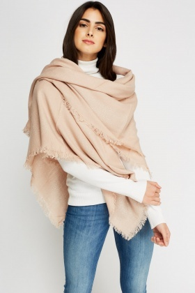 Metallic Insert Fringed Trim Scarf