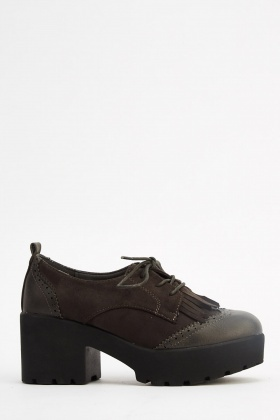 Block Heel Platformed Brogue Shoes