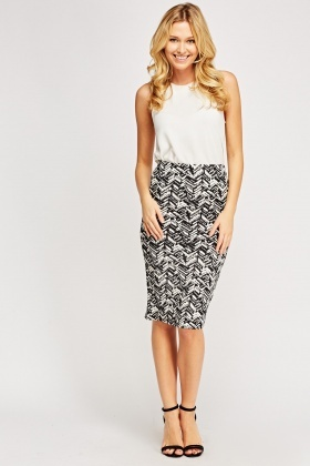 Textured Print Pencil Skirt