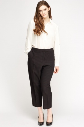 Textured Cropped Formal Trousers