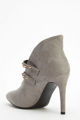 Cut Out Buckled Heeled Boots