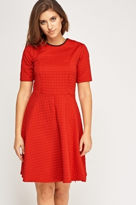 Contrast Neck Trim Embossed Skater Dress