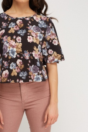 Floral Flared Sleeve Top