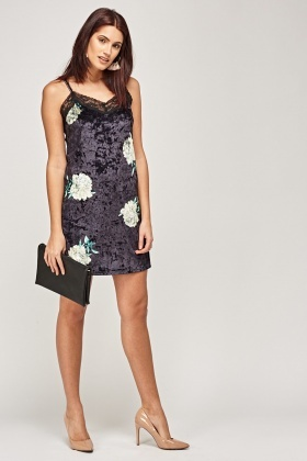 Velveteen Floral Lace Trim Dress
