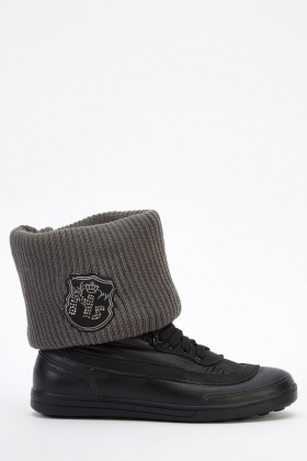 Ribbed Knitted Contrast Boots