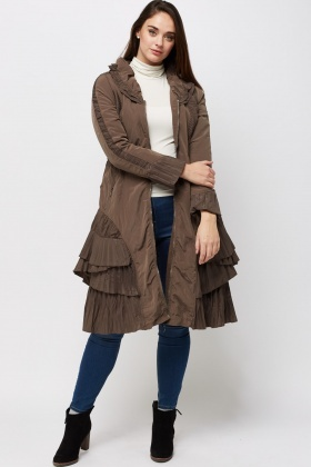 Layered Trim Contrast Jacket