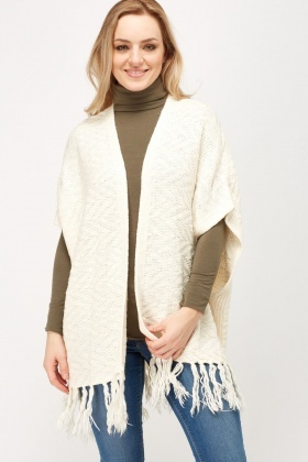 Textured Knitted Fringed Poncho