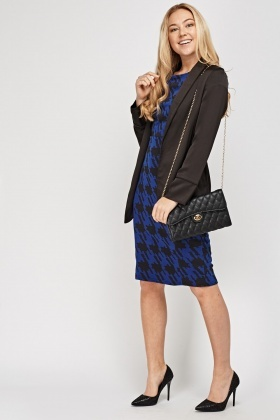 Houndstooth Printed Midi Dress