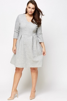 Textured 3/4 Sleeves Skater Dress
